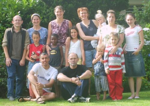 Bewoners Wonne Glanerbrug 2007-2008 en huisvriend Vincent.